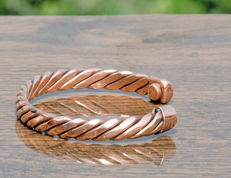 Pure Copper Magnetic Bracelet to Treat Arthritis-Twisted
